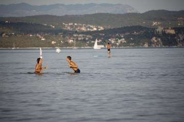 016-katia-bonaventura-photojournalism-spiaggia-marina-julia