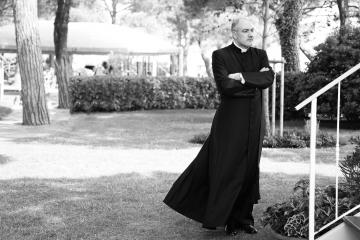 019-katia-bonaventura-photojournalism-sacerdote