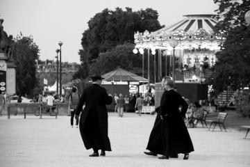 027-katia-bonaventura-photojournalism-parigi-sacerdoti