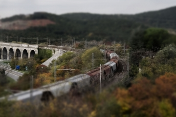 010-katia-bonaventura-photojournalism-paesaggio-treno-ferrovia