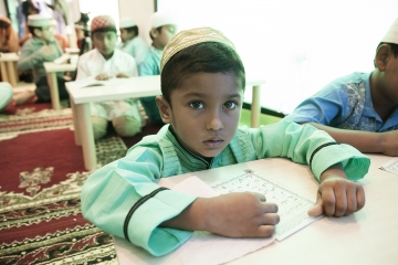020-katia-bonaventura-photojournalism-comunita-bengalese-fincantieri-monfalcone
